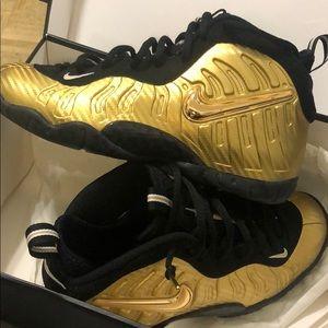 Metallic Gold/Black Nike Little Posite Pro